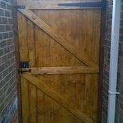 Woodstained Cladding Gate, Back